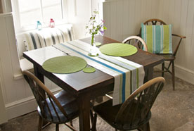 Dining room at Chy Lowena holiday cottage
